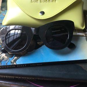 Uma Sun buddies sunglasses